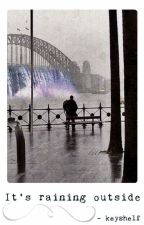 It's raining outside by keyshelf