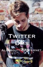 Twitter DM'S// Luke Hemmings. by AllAboutTheInternet