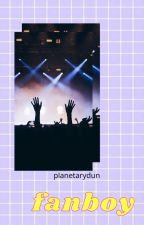 fanboy; muke by planetarydun