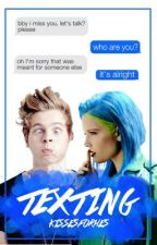 texting; lrh by kissesforhes