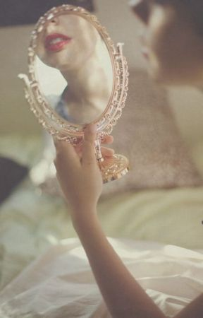 Mirror by CamilleCarboni