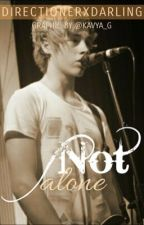 Not Alone (5SOS Fanfic) by Nialleriffic