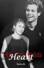 Restless heart. (Español- Muke Clemmings) by 5sos_Tigresa