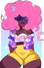 You're My Strong Woman (A Garnet X Reader fanfic) by FoodieTie