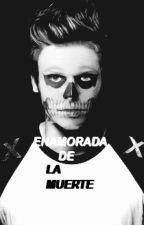 Enamorada de la Muerte >> Luke Hemmings. by starwarx