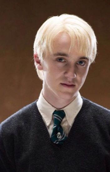Draco Malfoy x Male Reader