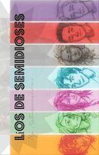 Líos de semidioses by Ratonacomelibros