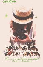 Apenas Uma Fotografia by crixxtini
