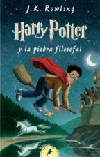 Leyendo Harry Potter y la piedra filosofal(1ra Generación ) by baeyuri