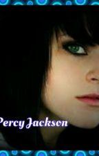 Leyendo las aventuras de Percy Jackson by Nai0310