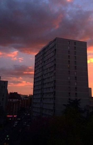 Chronique de Sarah : Mon déménagement dans cette cité [ EN PAUSE ]