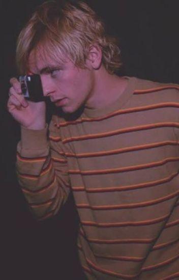 """""""Violada."""" (Ross Lynch y Tu.)"""""""
