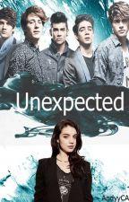Unexpected |CD9|  PAUSADA by andyyCA