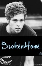 Broken Home -L.H by Lolalezz