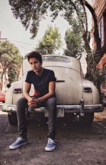 When our eyes first met | juanpa zurita |