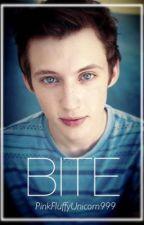 BITE ~ Troye Sivan x Reader by PinkFluffyUnicorn999