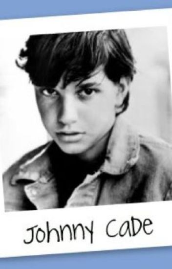 johnny cade the outsiders Johnny cade hmm well, he has dark, lost eyes that are full of fear from the world his hair was black and greased to the side except for the bangs.