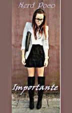 Nerd Poco Importante by catalina125608