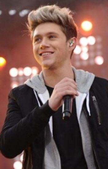 Love At First Sight (A Niall Horan Fanfic)