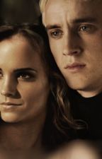 House arrest//dramione by Vamps_