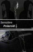 Sensitive Polaroïd   l.s   by aririrou