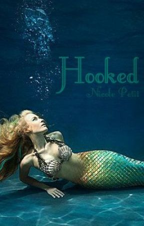 Hooked by indesignic