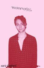 Roommates | Luke Hemmings by simplysiimpatico