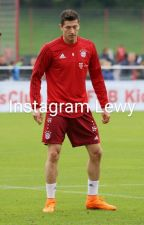 Instagram Robert Lewandowski y __ Neuer by eliizaabethh
