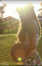 Uma Gravidez Não Desejada. by Caricotoparetoflepi