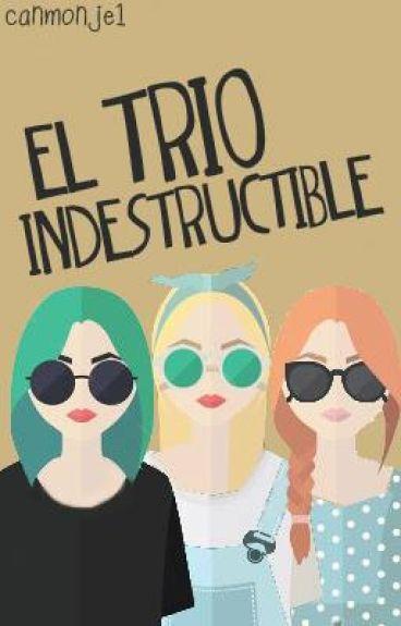 El trío indestructible.