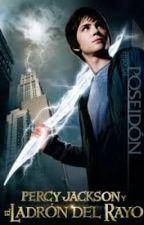 Leyendo Percy Jackson y el ladrón del rayo by Heaven_Sea