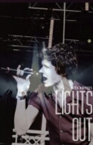 Lights Out / Bradley Will Simpson /