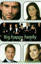Big Happy Family by IzzyMayJade