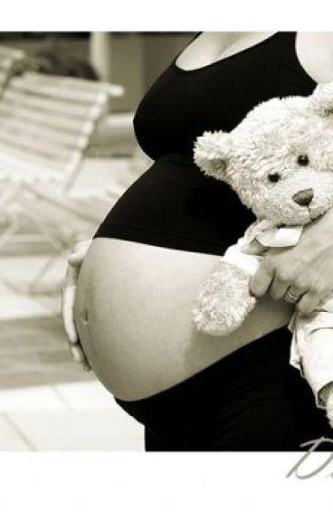 """""""Embarazada a los 14""""(Justin Bieber y tu)"""