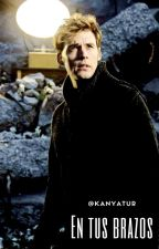 En tus brazos (Finnick Odair y _________) by KanyaMrg