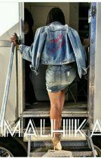 Chronique de Malhika: Moi Pute de carrière et Maintenant Mère [TERMINÉE] by Nazae45