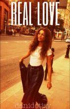 Real Love (KT + Zendaya) SLOW UPDATES by danidotjay