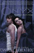 Onix Vol.2 (Saga Lux) by Thay_Luz