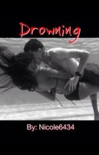 Drowning by Nicole6434
