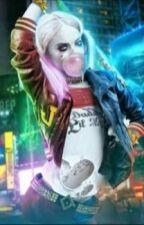 Harley Quinn - História by LittlePuddin