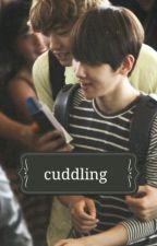 Cuddling by sisiorna