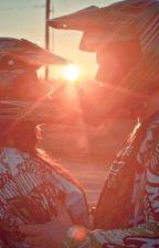 Deux vies unies par une moto by sowsow95