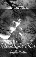 Moonlight Kiss (A Vampire Pregnancy) by SinisterLatina