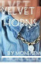 Velvet Horns » Royce by MoneNemo