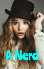 A GAROTA NERD  by Girl-3022