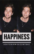 happiness » Luke Hemmings by ashtonirwinizzmybae