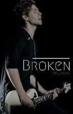 Broken [CZ - Luke Hemmings] by amaliaxoxo