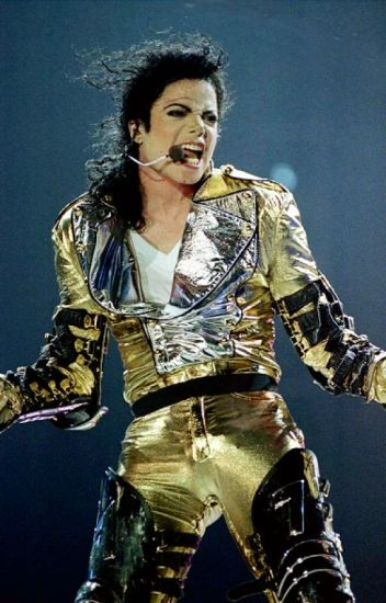 Más allá de los escenarios... Michael Jackson |Hot|