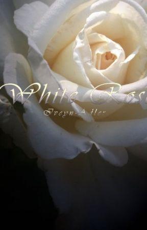 Biała Róża by Iveyn-Adler
