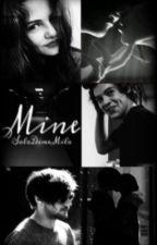 Mine {Larry} by SoloDimeMilo